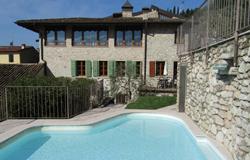 Ferienanlage mit Pool am Gardasee: Der ideale Tag