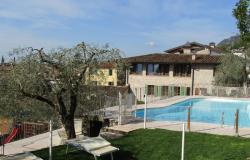 Ferienanlage mit Pool am Gardasee: Entspannung und Ermäßigungen im September