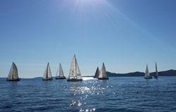 Ferien am Gardasee: Der Segelkreis von Toscolano Maderno